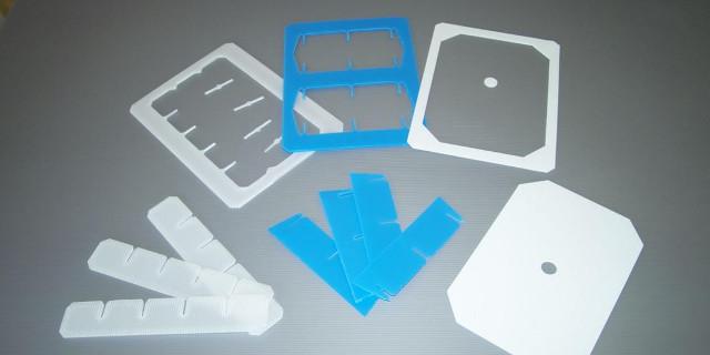 Gefache aus PP-Platten gestanzt mit Deckel Transportschutz Verpackung